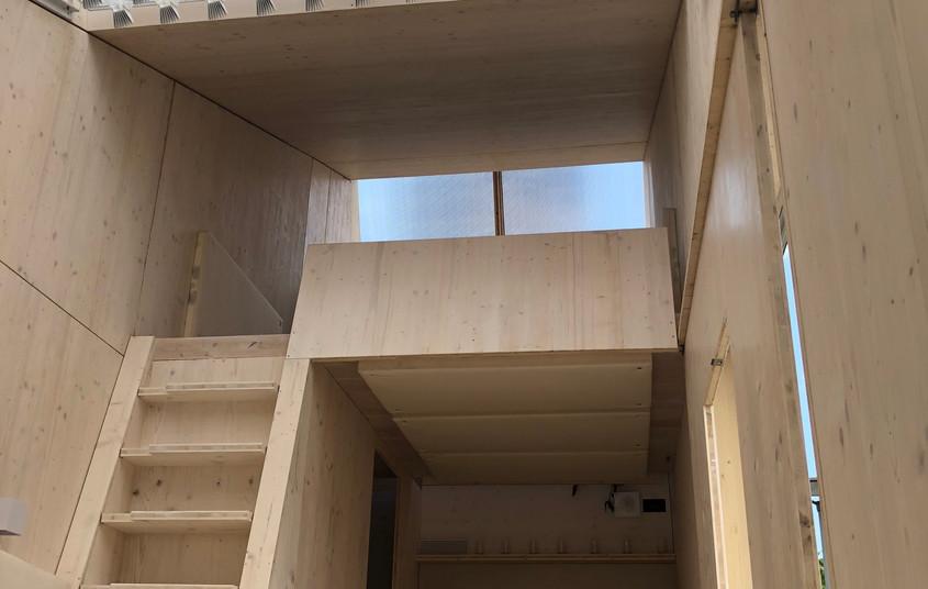 ELM - Interior