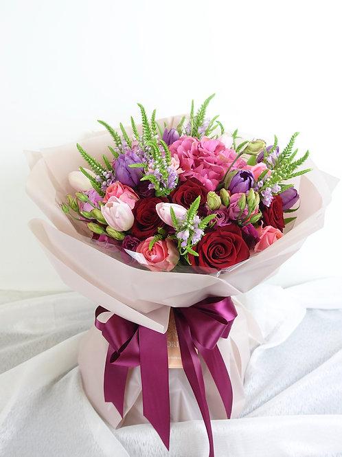 Blooming Love (50x50cm)