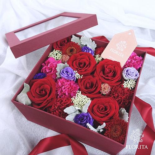 Love Box (25x25cm)