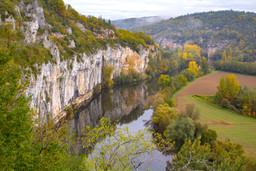 2970_Route_de_la_falaise_à_Bouziès_©_Lot_Tourisme_-_C._Novello_151023-102648_3000x2000.jpg