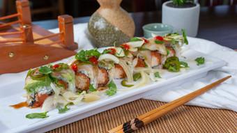 Sushi 21 - Amigo Roll.jpg