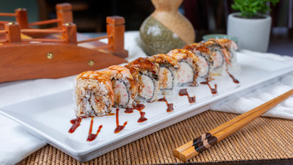 Sushi 21 - Longshoreman Roll.jpg