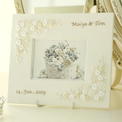 Linen's Bridal Photo Frame