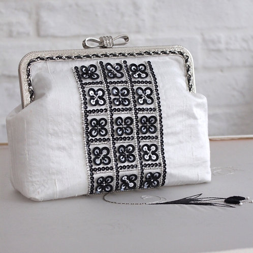Haute Couture - Black & White Party Bag Special Class