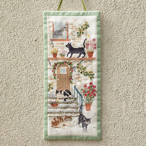 Cross Stitch Mini Tapestry <Cat Lives>