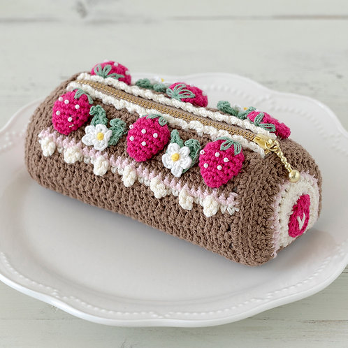 Strawberry Roll Pouch (Material Set)