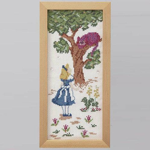 髙野紀子 Cross Stitch Frame <Alice and Cheshire Cat>