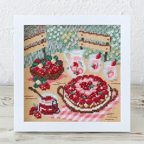 Cross Stitch Frame <Strawberry Party>