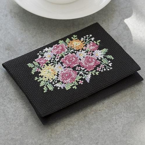 Cross Stitch Tissue Case <Flower Bouquet>