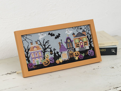 Cross Stitch Frame <Halloween Town>