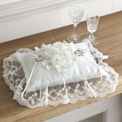 Sweet Bouquet Ring Pillow