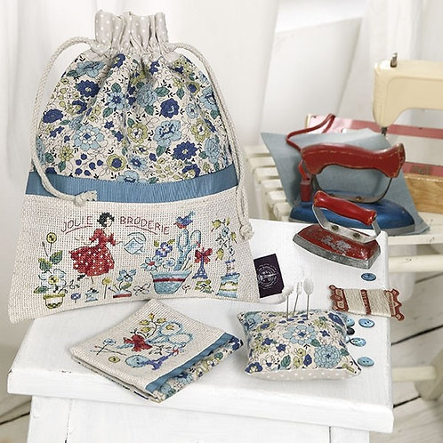 Aïda «Blue flowers» Embroidery bag