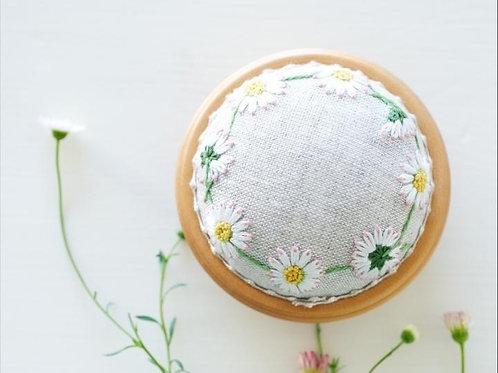 日本 Kazuko Aoki「青木和子」刺繡証書課程-材料套裝