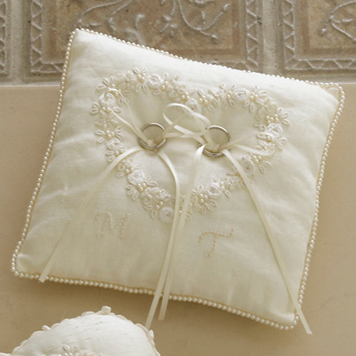Linen's Ring Pillow
