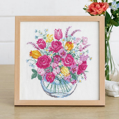 Cross Stitch Frame <Flower in a Vase>