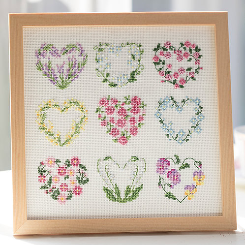 Cross Stitch Frame <Heart Wreath>