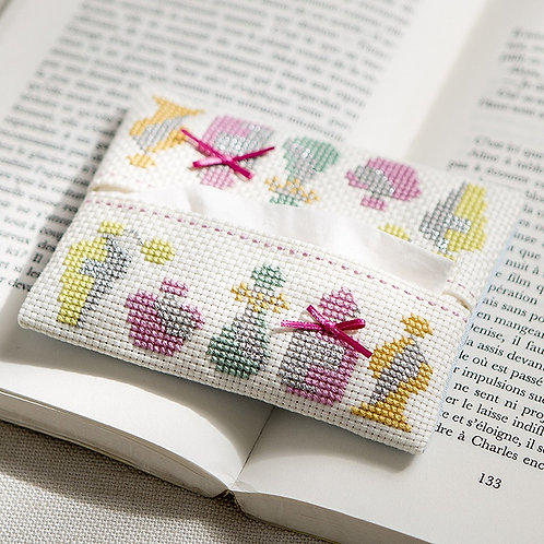 Cross Stitch Tissue Case <Perfume>