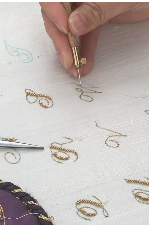 Calligraphy Monogram Embroidery (4 Lessons x2.5 hours and material kit)