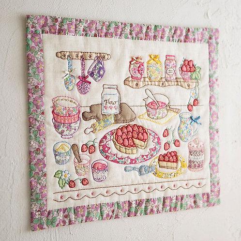 Appliqué Tapestry <Strawberry>
