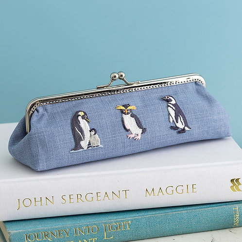 Penguin Pen Holder