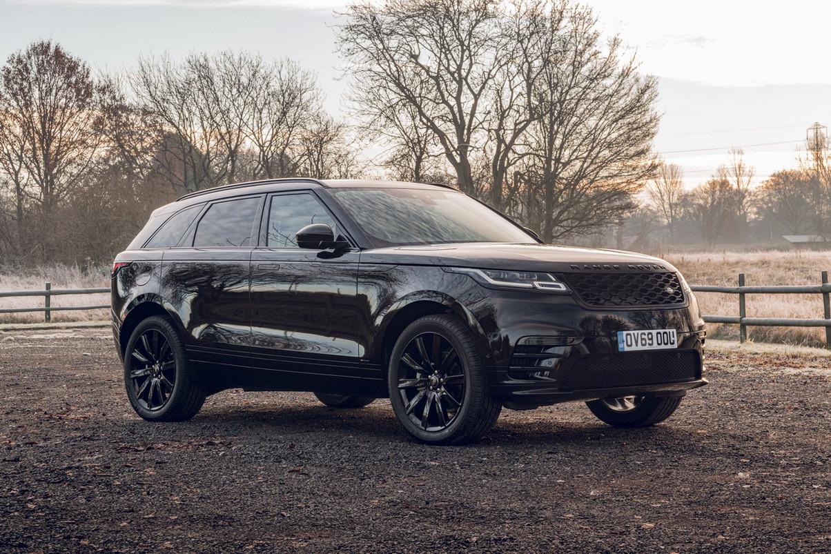 range-rover-velar-r-dynamic-black-editio