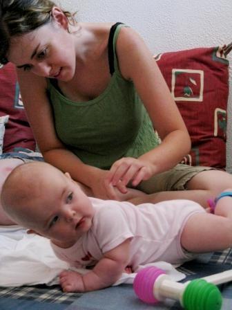 אימהות ותינוקות 17