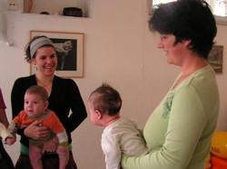 אימהות ותינוקות 15