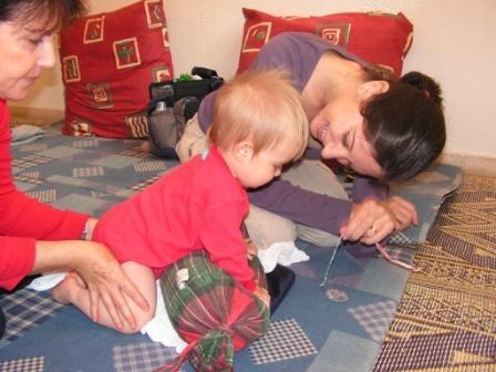 אימהות ותינוקות 13