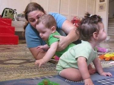 אימהות ותינוקות 10