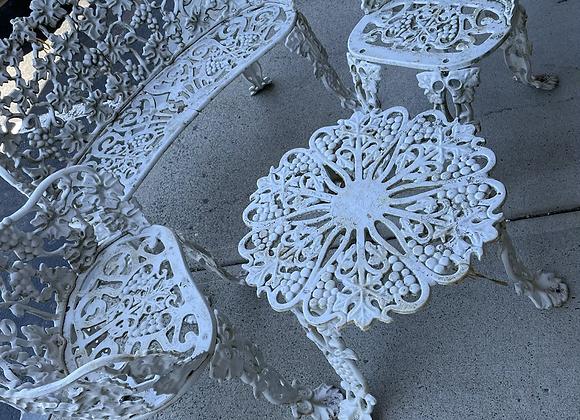 Small outdoor garden set (4 pc)
