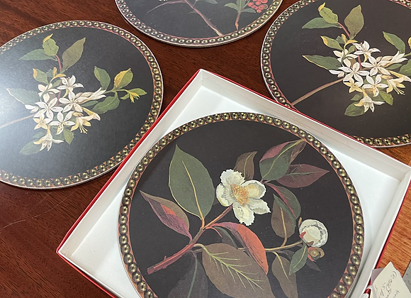 Set of five placemats