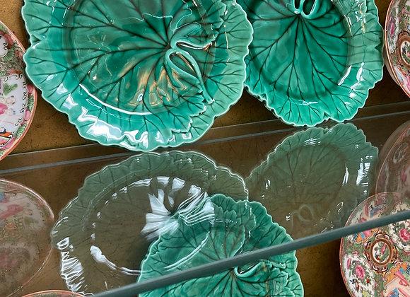 12 Wedgewood plates