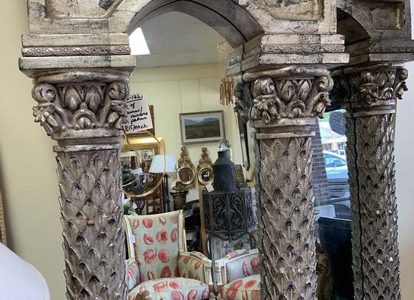 Mirrored columns