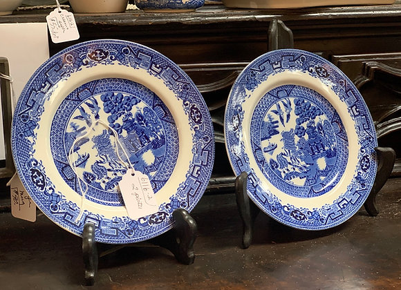 Blue willow plates (2). 7 inches diameter