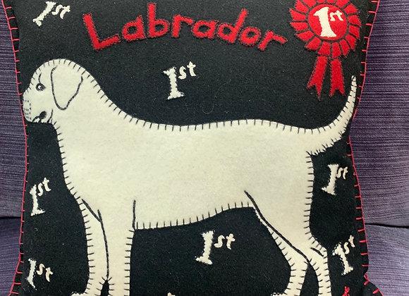 Labrador Pillow (wool)