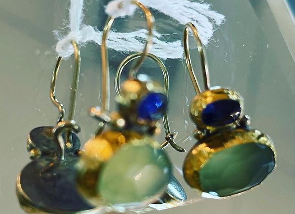Earrings (pierced)