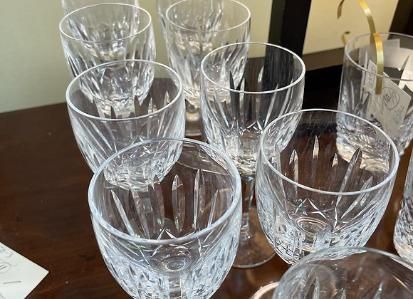Waterford white wine glasses (9)