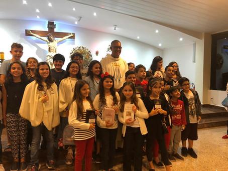 Entrega dos Crucifixos e das Bíblias na Fonte