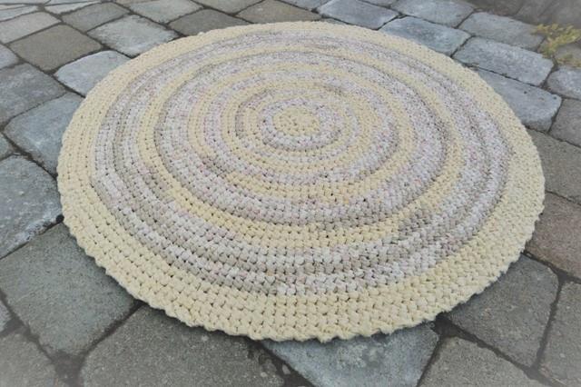"Hand Crocheted Round Rag Rug, 27"""