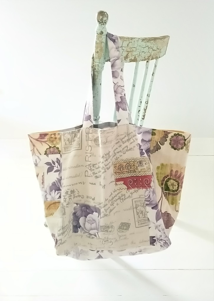 Tote Bag from Reclaimed Cotton Fabric