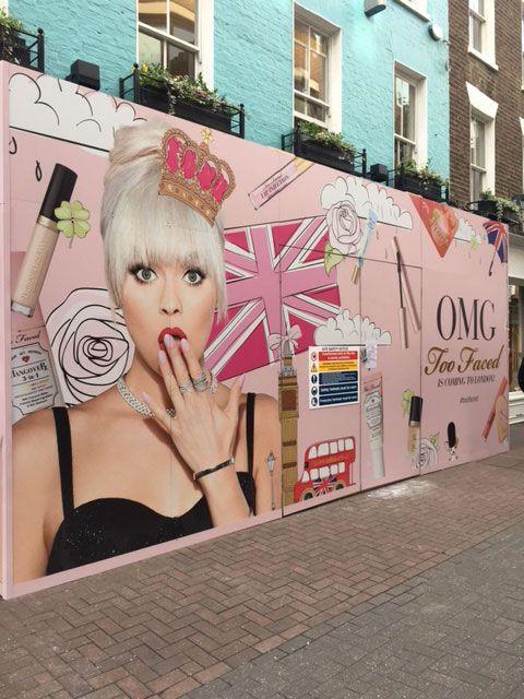 Hoarding Barricade London.jpg