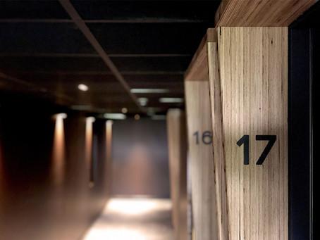 Cadres de portes : Golf Hôtel > MACH Architectes