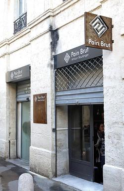 Devanture Pain brut Montpellier