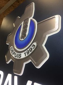 Enseigne lumineuse logo