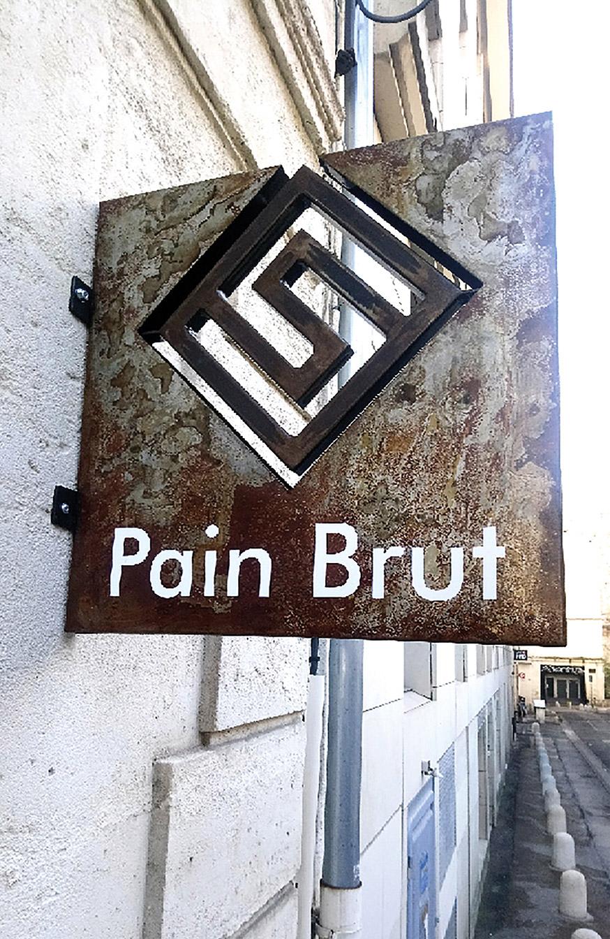 Enseigne drapeau Pain Brut