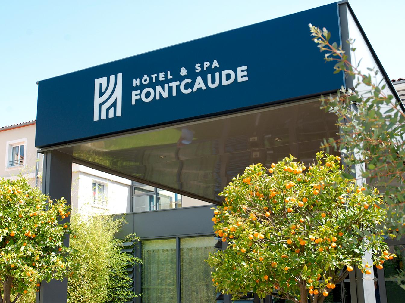 Hôtel & Spa de Fontcaude : Enseigne