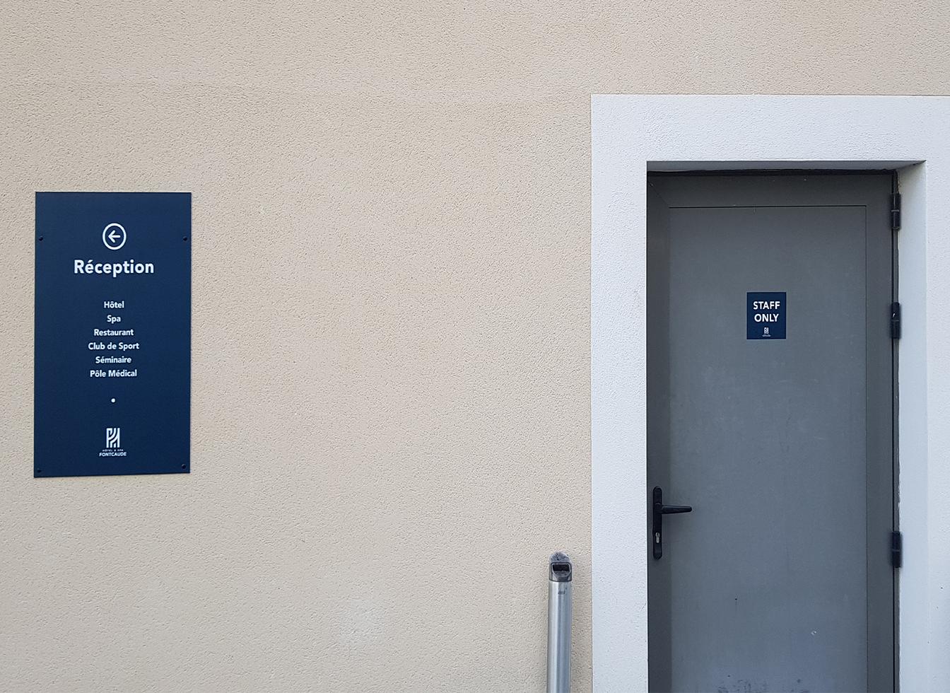 Hôtel & Spa de Fontcaude : Signalétique