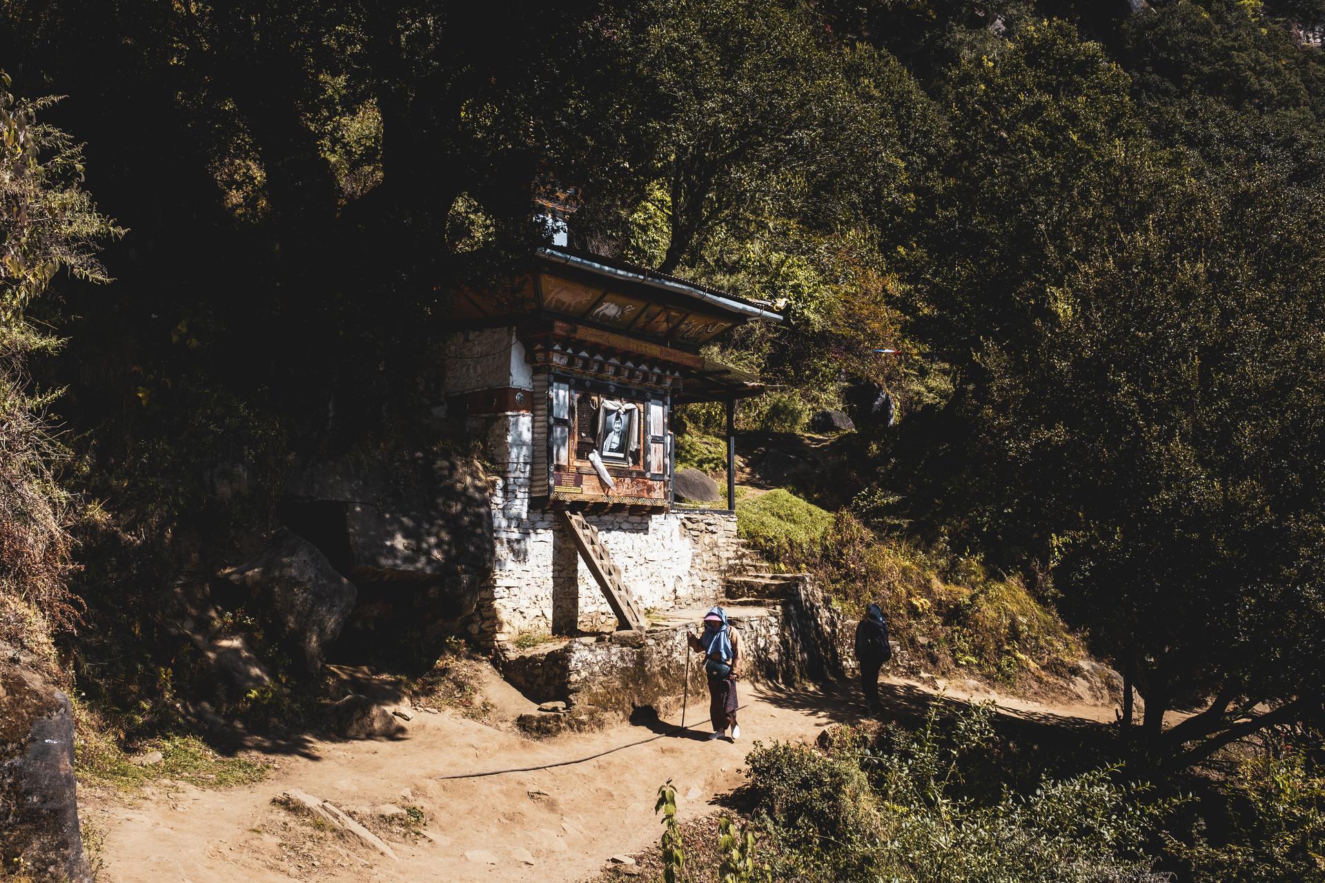 bhutan-163940.jpg