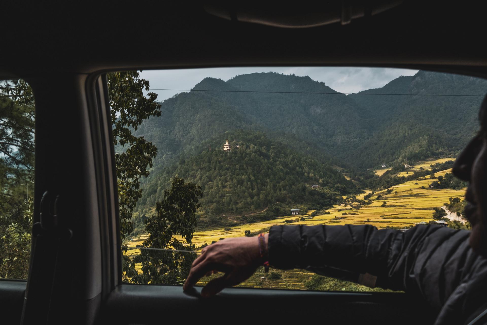 bhutan-225037.jpg