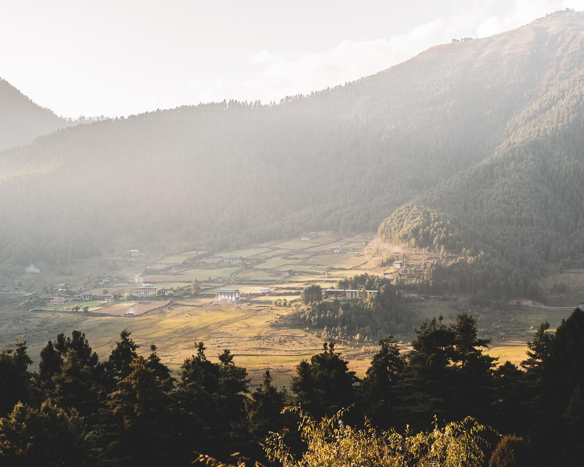 bhutan-225007.jpg